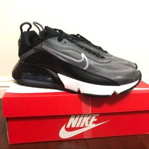 NEW Nike Air Max 2090 Trainer Black Sneakers Shoes